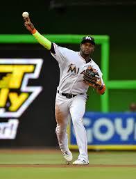 Rays Acquire Adeiny Hechavarria - MLB Trade Rumors