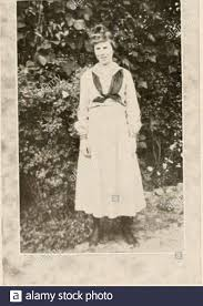 PaC-SaC 1919. . I - ( in tl EMMA EDITH SMITH, Cinton, S. C. B. A. The  Aprils in her eyes; it is loves spring,And there the showers to bring it