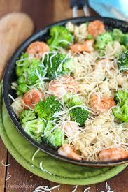 skinny shrimp broccoli pasta alfredo