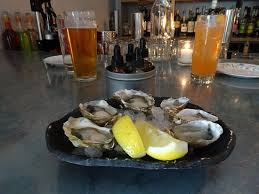 Jacqueline Beer and Rock the Boat cocktail and half-dozen Tide-to-Table raw  oysters ($1 each at happy hour) - Picture of Jacqueline, Portland -  Tripadvisor