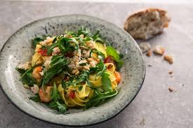 tiger prawn and crab fettuccine pasta