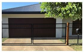 Pool Tubular Fencing Arnel Fencing Cairns