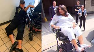 Abby Lee Miller Claims Airline Staff Left Her on Floor - YouTube