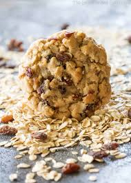 chewy oatmeal raisin cookie the