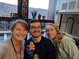 """Abigail Powell on Twitter: """"My whole bay is finally on #sciencetwitter! I  am honestly so lucky that I get to do science next to these two amazing  people every day & now"""