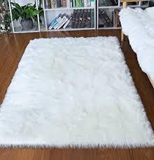 Amazon Com Junovo Luxury Fluffy Area Rugs Furry Rug For Bedroom Faux Fur Sheepskin Nursery Rugs Fur Carpet For Kids Room Living Room Home Decor Floor Mat 4ft X 6ft White Furniture