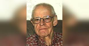 Robert Roscoe Moore Obituary - Visitation & Funeral Information
