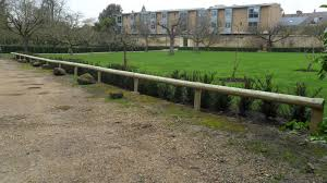 Worcester College Gardeners 2009 2018 Post And Rail Hedge Protection