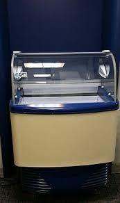 ice cream dipping cabinet