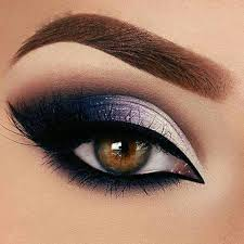 Pin by Priscilla Johnston on Makeup | Smokey eye makeup, Eye makeup tips,  Eye make up