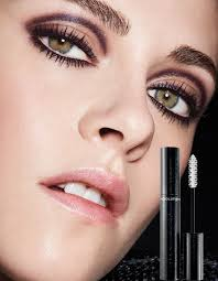 eye makeup for people with gles cat