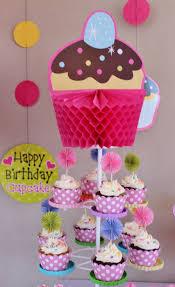 Cupcakes Themed By Violeta Glace Decoracion Cumpleanos Nina Fiesta De Magdalenas