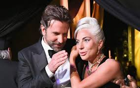Lady Gaga e Bradley Cooper cantano Shallow agli Oscar 2019 | Sky News Tg24
