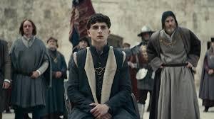 Timothée Chalamet looks like an east London fuckboy in The King ...