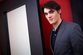 Breaking Bad star RJ Mitte: 'I didn't want to act – I did it to meet  people!' (VIDEO) | News | TV News | What's on TV