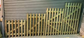 Outdoor Fence Picket 1 In X 6 In X 6 Ft Decay Resistant Wood Rectangle 8 Pack For Sale Ebay