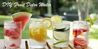 12 natural detox drink recipes