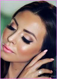 eye makeup for black dress star