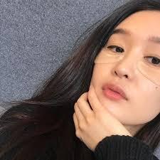 a korean beauty guru shares her top 10