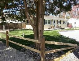Searching For An Attractive Yet Durable Method To Fence Your House Wish To Make Certain That Your An Fence Landscaping Split Rail Fence Cedar Split Rail Fence