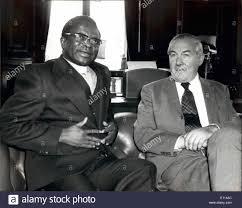 Aug. 08, 1975 - Bishop Muzorewa Meet Mr. Callaghan Bishop Abel Stock Photo  - Alamy