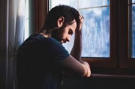 صور شباب حزينه تعرف على اسباب حزن واكتئاب اصاب الشباب هل تعلم