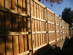 Pinnacle Fence Nwa Serving The Northwest Arkansas River Valley And Surrounding Areas Call Us Today 479 270 2788