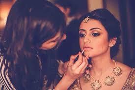 10 things every bridal makeup artist