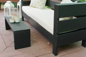 simple outdoor bench coffee table
