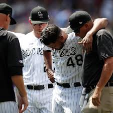 Colorado ace German Márquez leaves game with cramping