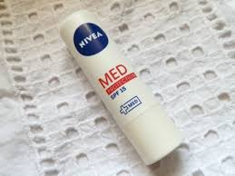 nivea med protection spf 15 lip balm review
