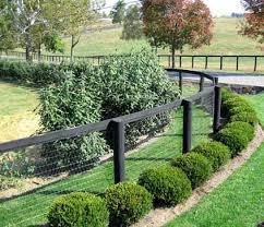Pin By Rayna Bryan On Out Side Backyard Fences Fence Landscaping Fence Options