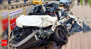 vehicle insurance rs 15 lakh accident