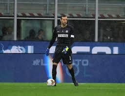 Handanovic raggiunge Facchetti come presenze in Serie A