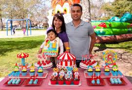 Kara S Party Ideas Circus Carnival Themed Boy Girl 1st Birthday Party Planning Ideas