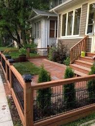 Modern Fence Design To Beautify For Front Yard House Living