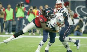 Jadeveon Clowney isn't likely to join Patriots, even after opt-outs