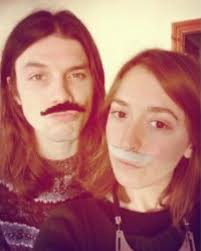 Who is James Bay's girlfriend Lucy Smith?