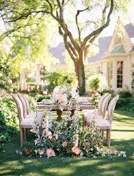 fl table decor for a garden wedding