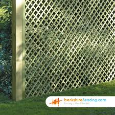 Rectangle Diamond Trellis Fence Panels 5ft X 6ft Natural Berkshire Fencing