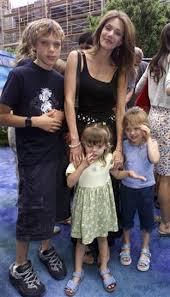 Actress Hunter Tylo's son drowns in Las Vegas pool | Reuters