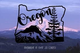 Decorate Your Life With This Beautiful Oregon Vinyl Decal Complete With A Pine Tree Reminder Of The Pacific Northwest La Oregon Oregon Tattoo Tree Logo Design
