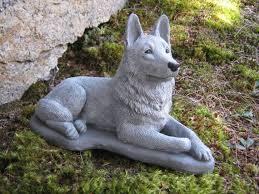 statue de berger allemand chien béton