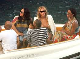 Beyonce and Jay Z on Holiday in Capri with Blue Ivy, Kelly Rowland, and her  son|Lainey Gossip Entertainment Update