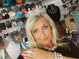 Paparazzi Accessories | Become the Queen of Your Life | Sparkle Seeds