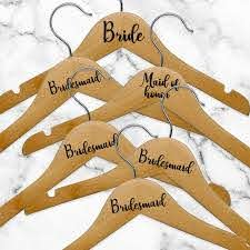 Amazon Com Set Of 6 Vinyl Art Decals Bride Bridesmaid Maid Of Honor From 0 5 To 3 Each Modern Elegant Trendy Chic Wedding Accessory Bridal Clothes Dresses Hanger Decorations Black