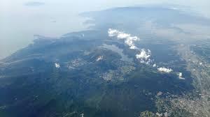 ファイル:20150604箱根山woe.jpg - Wikipedia