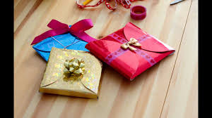 quick and easy gift wrapping