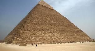 Расхитительница гробниц перевоплощается в египетскую царицу