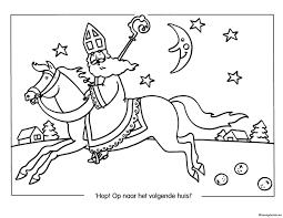Sinterklaas Op Weg Naar Het Volgende Huis Kleurplaat